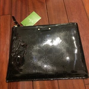 NWT Kate Spade Large Pouch Metro Spade Black